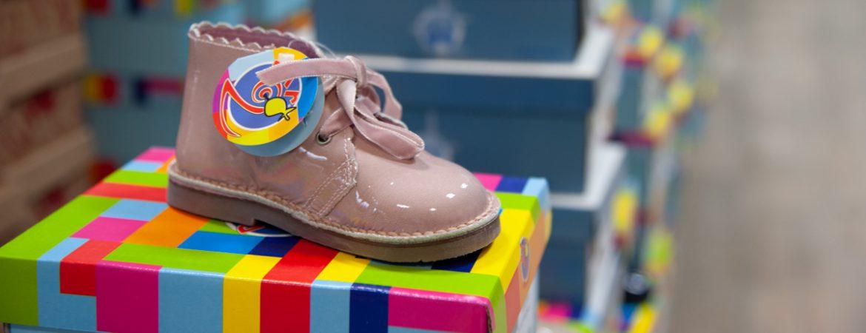 Tienda de Calzado Infantil Juvenil Dar2 - Calzados Isarus